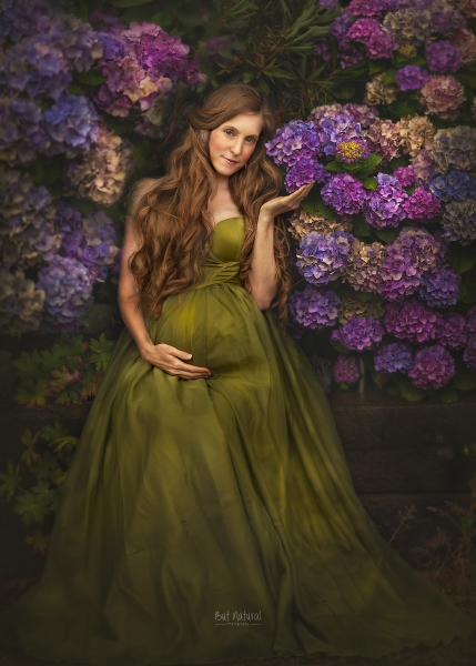 SANDRA Maternity gown for Photoshoot or Babyshower