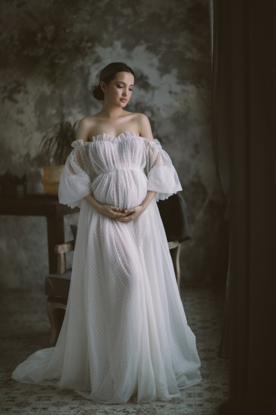 ESTHER maternity gown for photoshoot