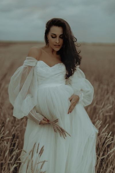 LAURA Maternity Gown in ivory