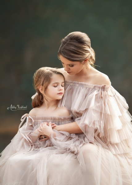 Mommy and me dresses for Photoshooting Leila